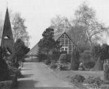 Der Büttendorfer Friedhof mit Kapelle und Glockenturm